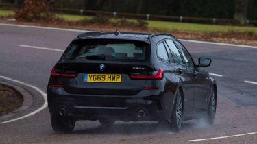 BMW 3 Series Touring - cornering