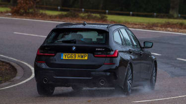 BMW 3 Series Touring - cornering