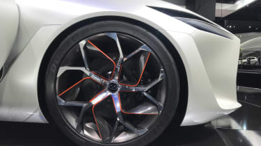 Infiniti Q Inspiration Concept - Detroit wheel