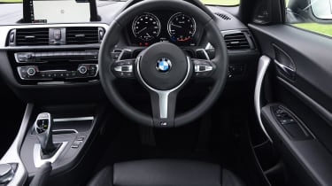 BMW 2 Series - dash