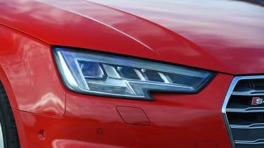 Range Rover Evoque - rear seats