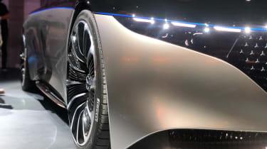 Mercedes EQS - headlight