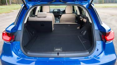 Lexus CT 200h - front seats