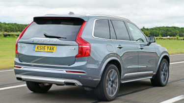 Volvo XC90 - rear tracking