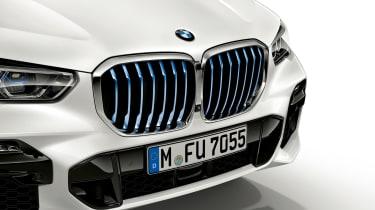 BMW X5 plug-in hybrid - grille