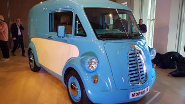 Morris JE - reveal front