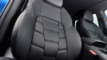 Nissan Qashqai - seat