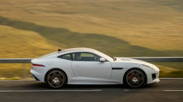 Jaguar F-Type Chequered Flag - side