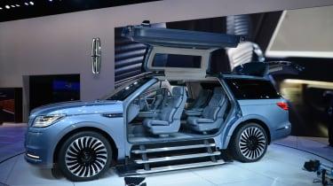 Lincoln Navigator - LA Motor Show