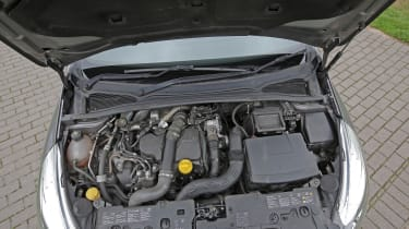 Used Renault Clio - engine