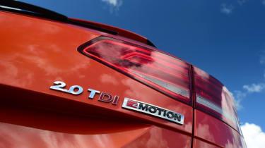 Volkswagen Passat Alltrack - rear badge
