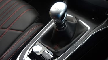 Peugeot 308 SW - transmission