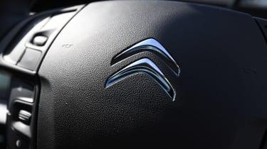 Citroen Grand C4 SpaceTourer - steering wheel