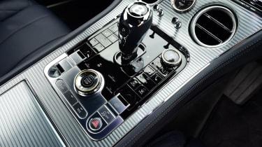 2018 Bentley Continental GT - gear lever
