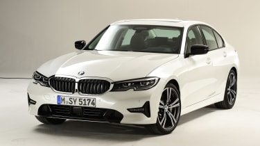 BMW 3 Series - studio front static