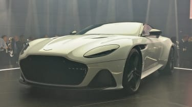 Aston Martin DBS Superleggera - reveal front