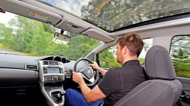 Toyota Verso - interior Steve driving