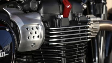 Triumph Street Twin review - cylinder head close up