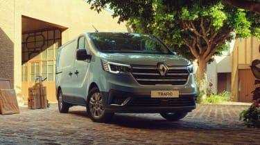 Renault Trafic van - front