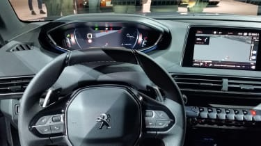 Peugeot 5008 - Paris interior