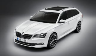 Skoda Superb Estate - front static