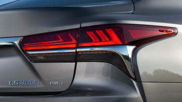 Lexus LS 500h - rear light