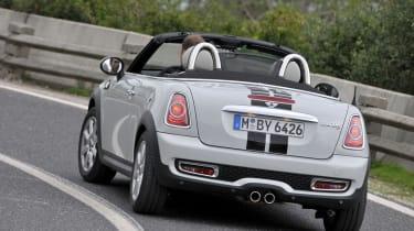 MINI Roadster Cooper S rear cornering