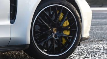 Porsche Panamera Turbo Sport Turismo - wheel