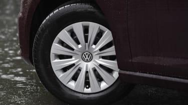 Volkswagen Golf 1.0 petrol - wheel