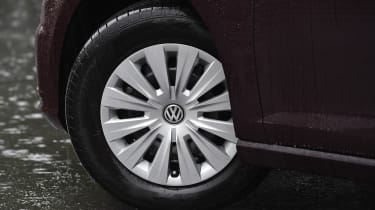Volkswagen Golf 1.0 petrol - wheel