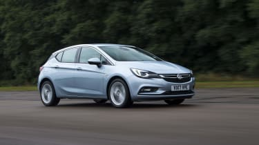 Vauxhall Astra - Front Motion