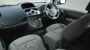 Renault Kangoo mpv dash
