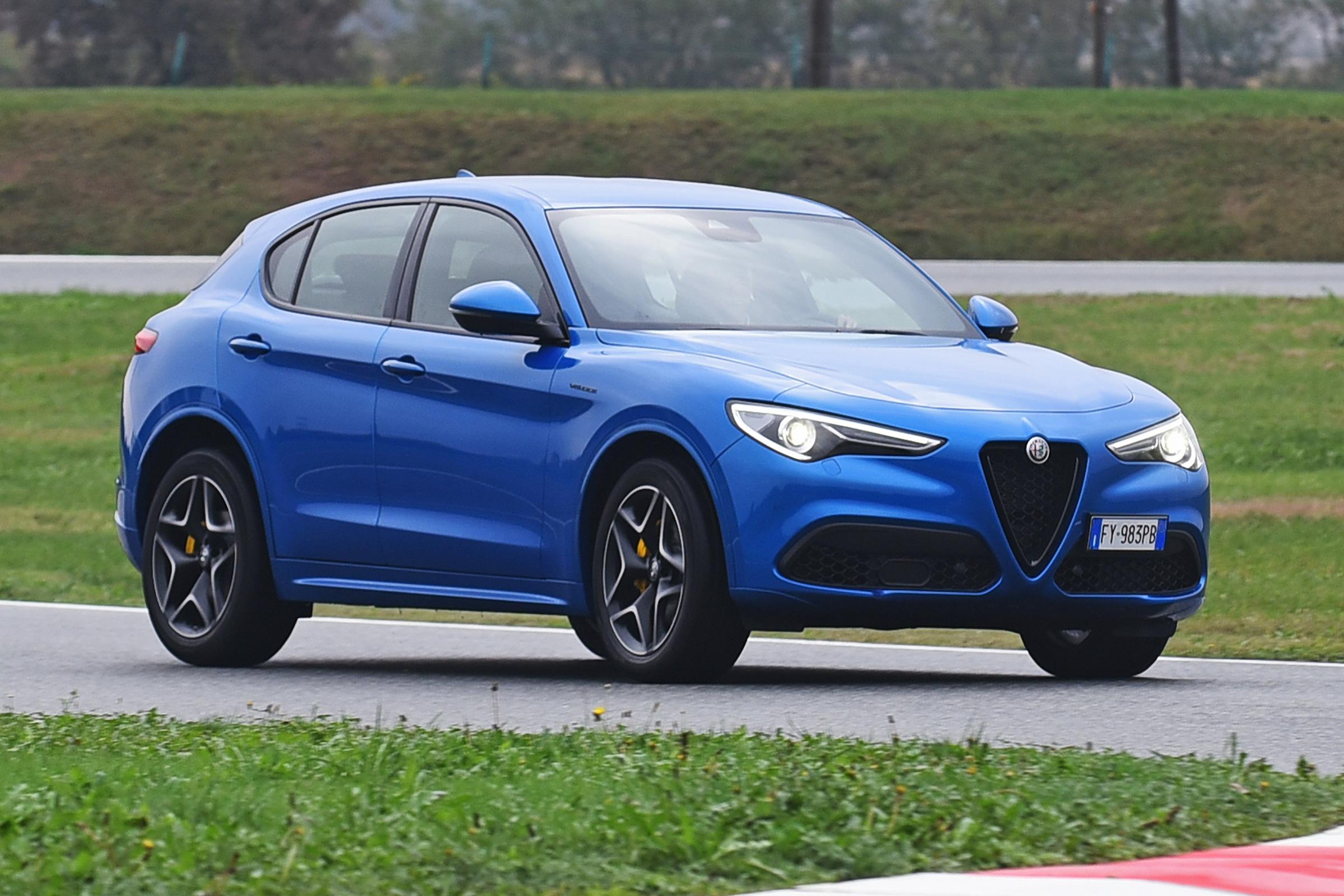 New Alfa Romeo Stelvio 2020 Review Auto Express