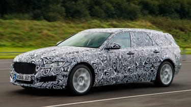Jaguar XF Sportbrake spy shot 2017