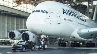 Porsche Cayenne pulls Airbus A380 - front