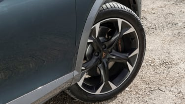 Cupra Formentor e-Hybrid - wheel