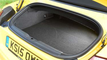Audi TTS Roadster - boot