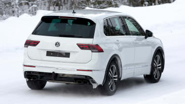 Volkswagen Tiguan R - spyshot 13