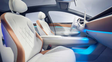 Volkswagen ID. Space Vizzion - front seats