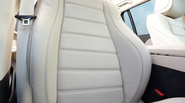 Mercedes GLS - seats