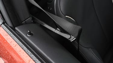 BMW 4 Series - seat belt