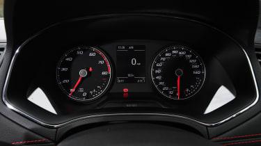 SEAT Arona - dials