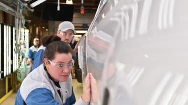 BMW SUVs feature - BMW SUV paint inspection