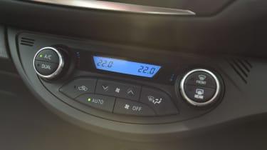 Toyota Yaris GR Sport - centre console