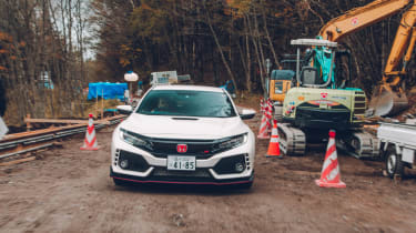 Honda Civic Type R off road