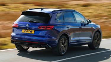 Volkswagen Touareg R - rear action