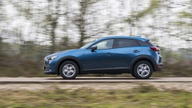 CX-3 - side tracking
