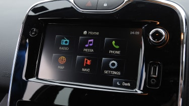 Clio IV: First supermini with 'apps' in R-Link system