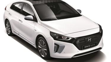 Hyundai Ioniq - official front quarter 2