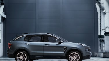 Lynk and Co SUV concept side grey